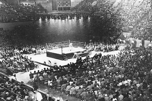 black and white wrestling arena
